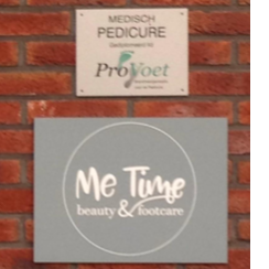 Logo bedrijf Beauty and Footcare, Me-Time